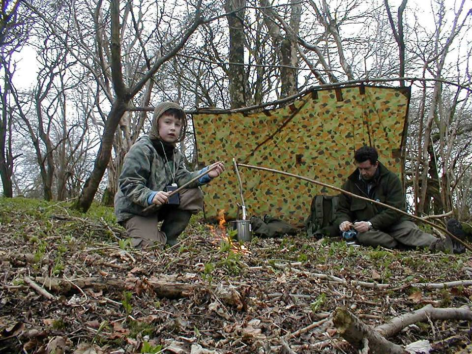 Tents Pros  sc 1 st  Outdoor Revival & Tents vs Tarps u2013 which is the better option for your Bug out Bag ...