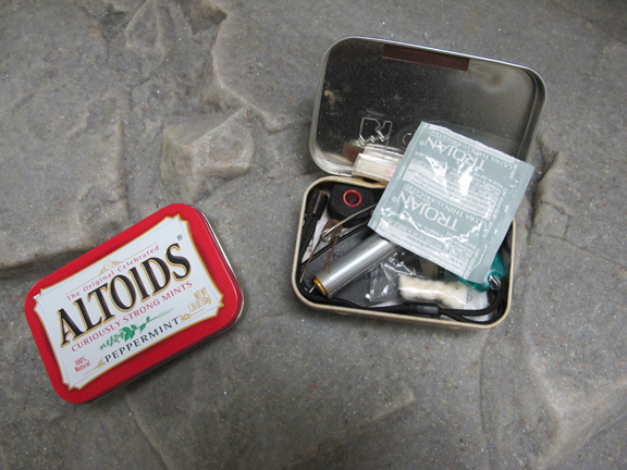 condom-mini-kit