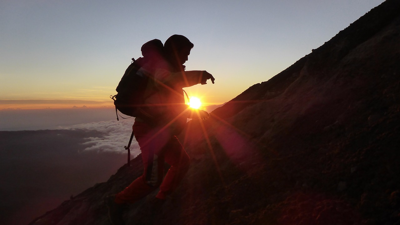 mountain-1747046_1280
