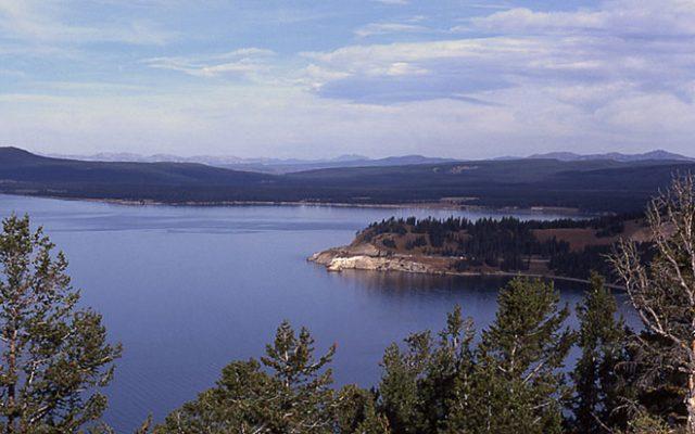 Yellowstone Lake - NPS/Peaco