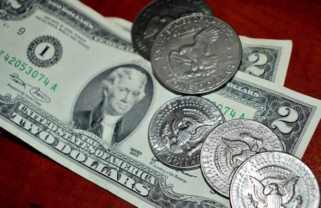 money-1459232_1280