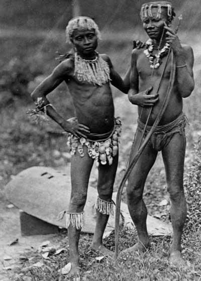1478522868-3997--Andamanese---two-men---1875