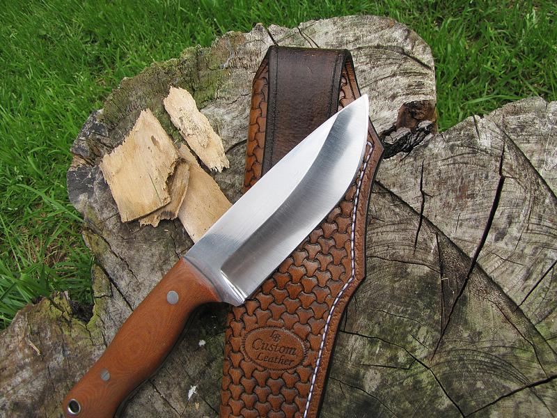 knife by Luckylee of Bushcraft UK