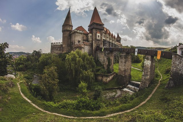 corvin-castle-in-transylvania-now-romania-built-by-john-hunyadi
