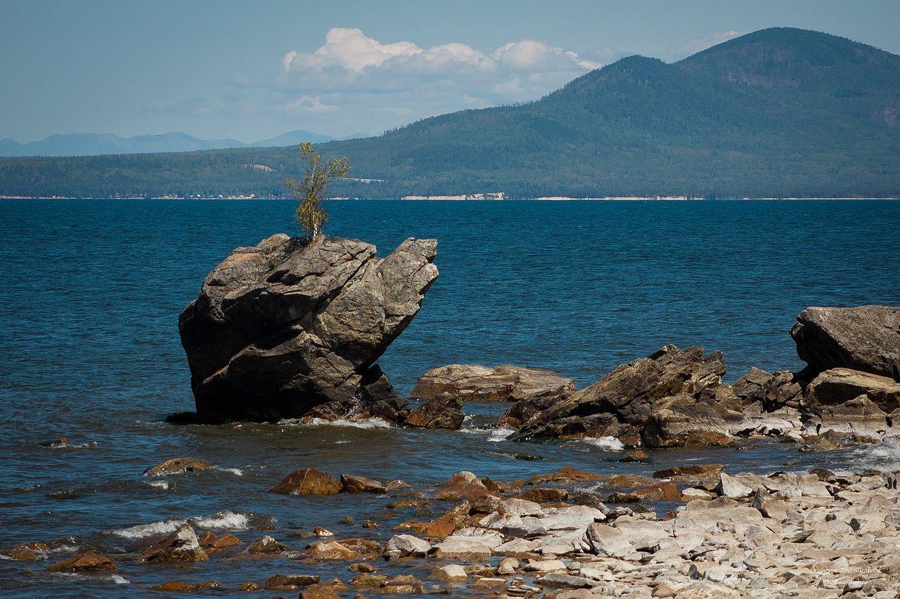 the_eastern_coast_of_lake_baikal
