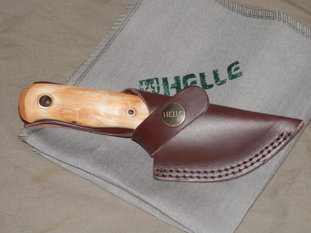 helle-mandra-in-sheath