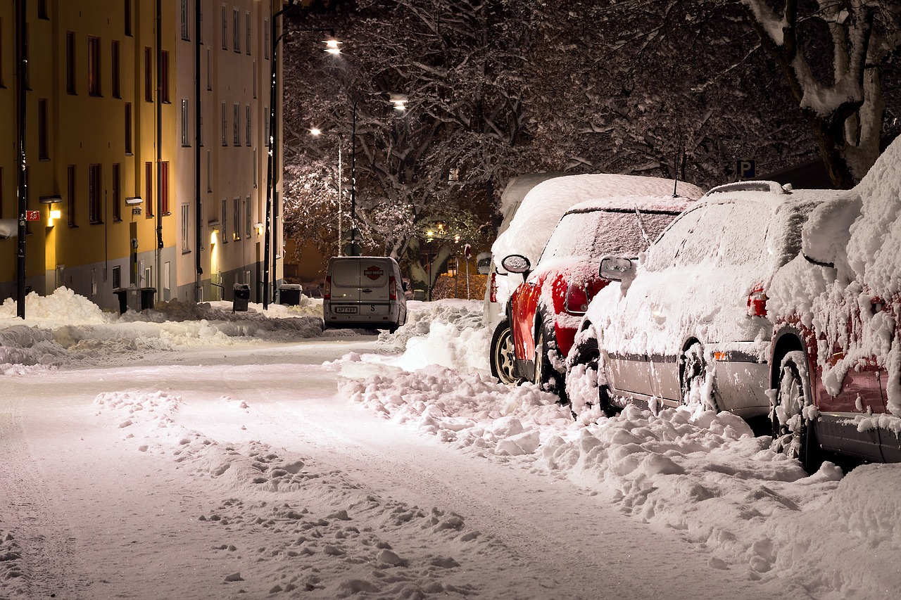 snow-1813463_1280