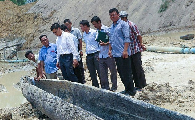 12.8-meter-long boat Source: ApsaraAuthority
