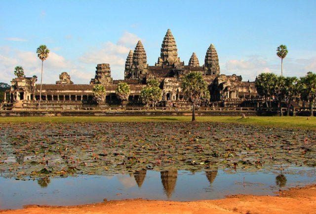 Angkor Wat Source: By Bjørn Christian Tørrissen – Own work, GFDL,