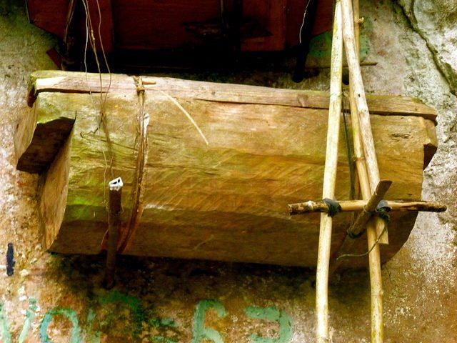 Close view of one of the coffins. Source