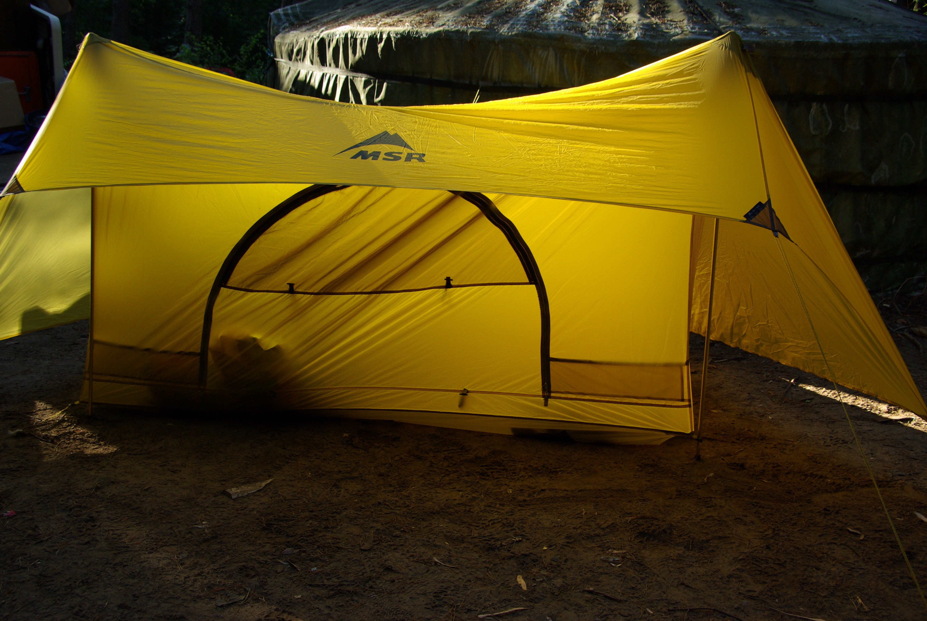 Tarp or a Lightweight tent?  What is best to pack in your bug-out-bag?