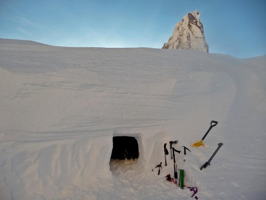 Taken December of 2011 on Mount Hood - Author: Josh Lewis - CC BY-SA 3.0