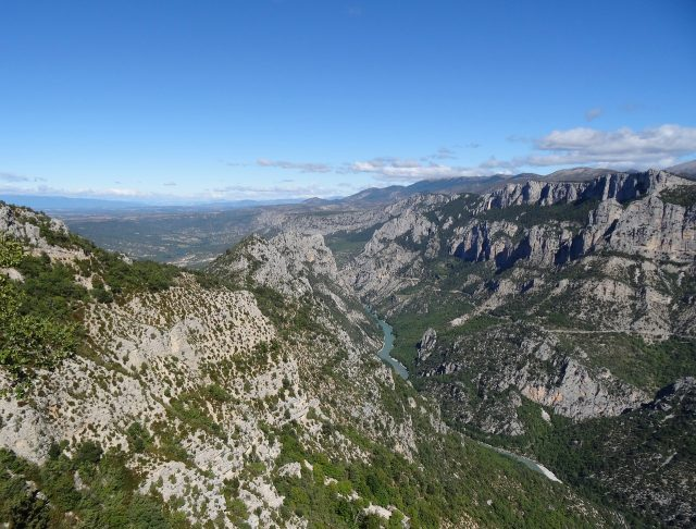 Between Castellane and Manosque, the river Verdon has carved out the deepest gorge in France