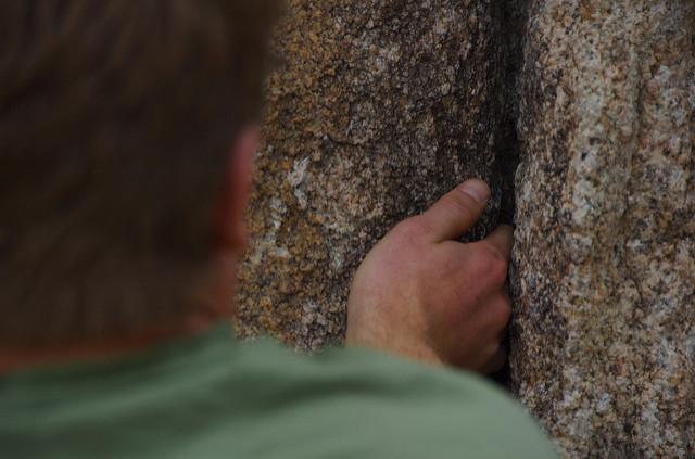 Hand crack - Author: Bill Selak - CC BY-ND 2.0