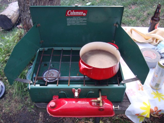 Grandfather's camping stove – Author: Reuben Strayer – CC BY 2.0