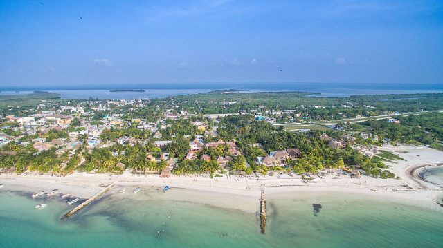 Holbox city aerial – Author: Dronepicr – CC BY 3.0