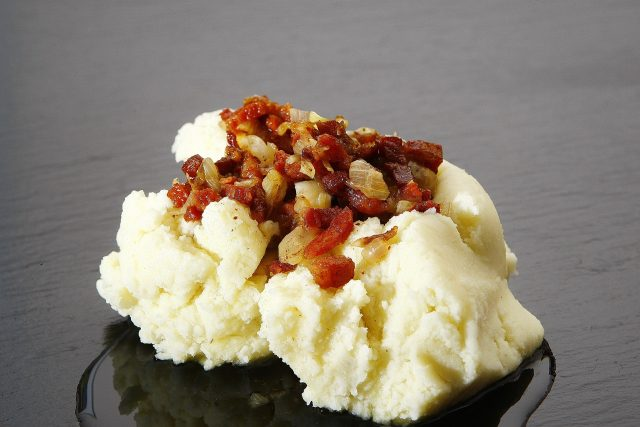 Are these fresh mashed potatoes or from a package? I'd bet you can't tell.