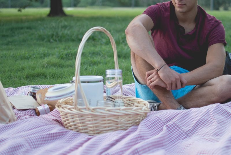 Have a great day with a picnic in the local park