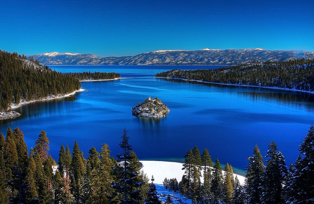 Emerald Bay, Lake Tahoe - Author: Michael - CC BY 2.0