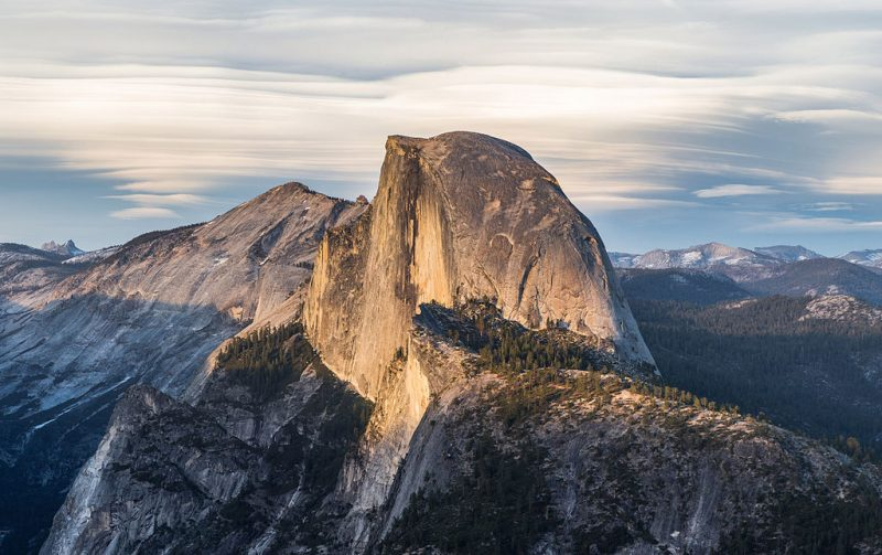 Half Dome as viewed from Glacier Point, Yosemite National Park, California, United States – Author: Diliff – CC BY-SA 3.0