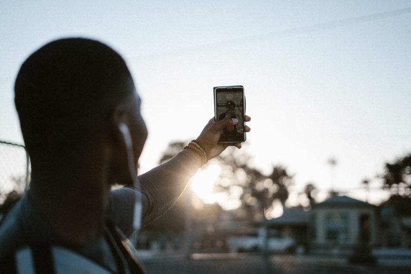 Choosing the perfect light setting makes a world of difference to how your selfie turns out – you could be bathed in a soft sunset, complimenting your features, or stand out in stark sunlight, emphasizing all your blemishes.