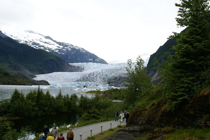 Mendenhall Glacier in Tongass National Forest near Juneau, Alaska – Author: Richard Martin – CC BY 2.0