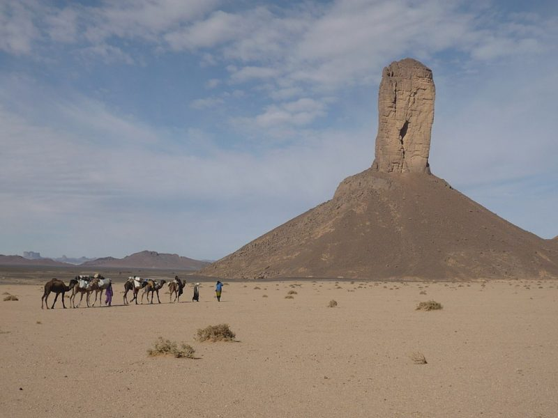 Butte naturally sculpted by the wind – Author: stephlulu – CC BY-SA 2.0