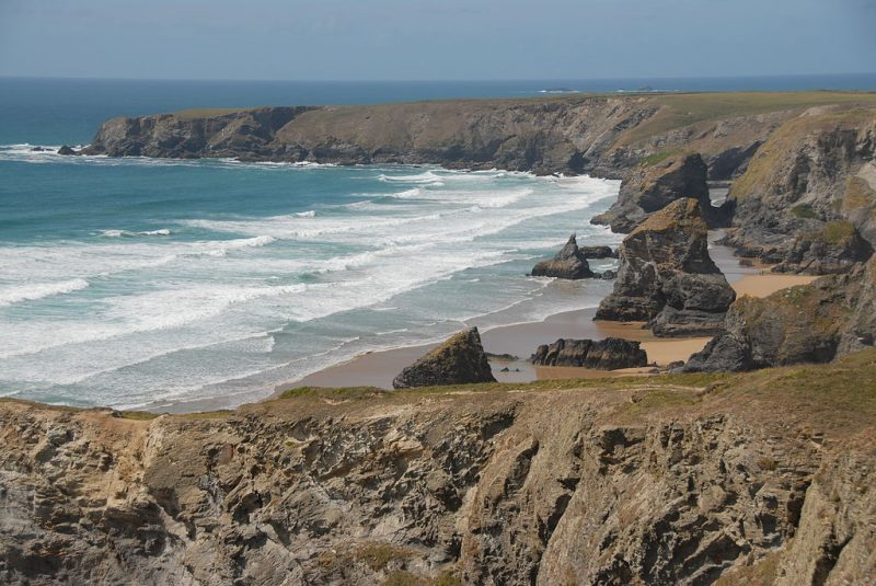 The Bedruthan Steps – Author: Ericoides – CC BY-SA 3.0