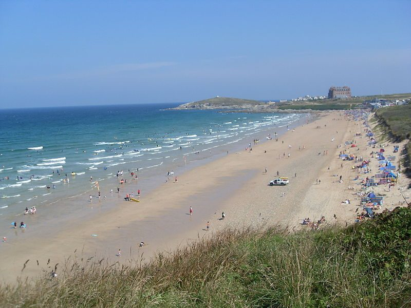 Fistral Beach, Britain's most famous surfing beach – Author: a.froese – CC BY-SA 2.0