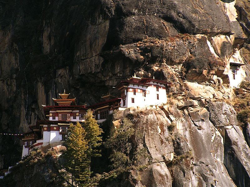 Tiger's Nest temples – Author: Thomas Wanhoff – CC BY-SA 2.0