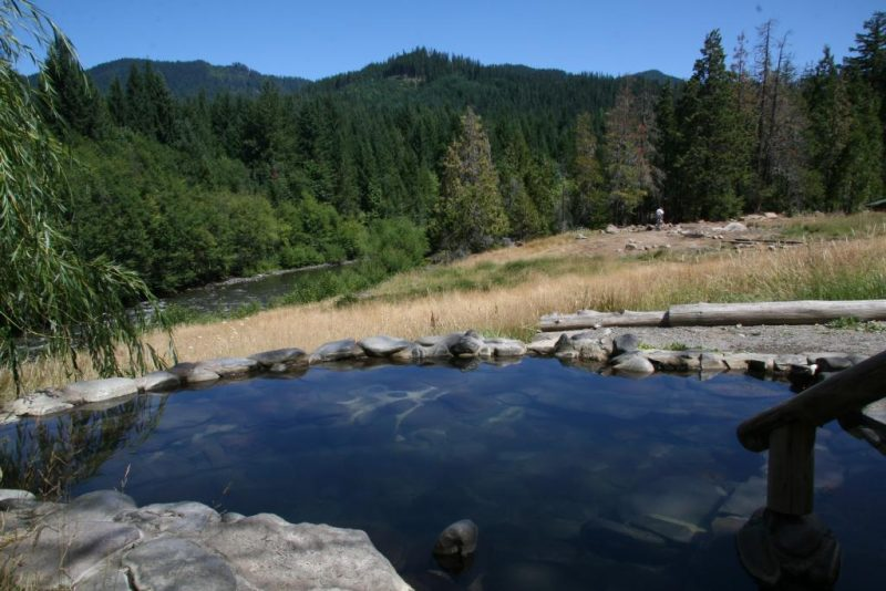 View from Meadow Pool at Breitenbush Hot Springs – Author: Mark Allyn – CC BY-SA 3.0
