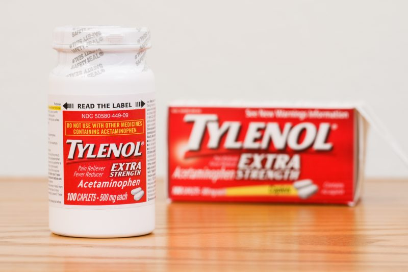 Reduce the pain with painkillers such as Tylenol