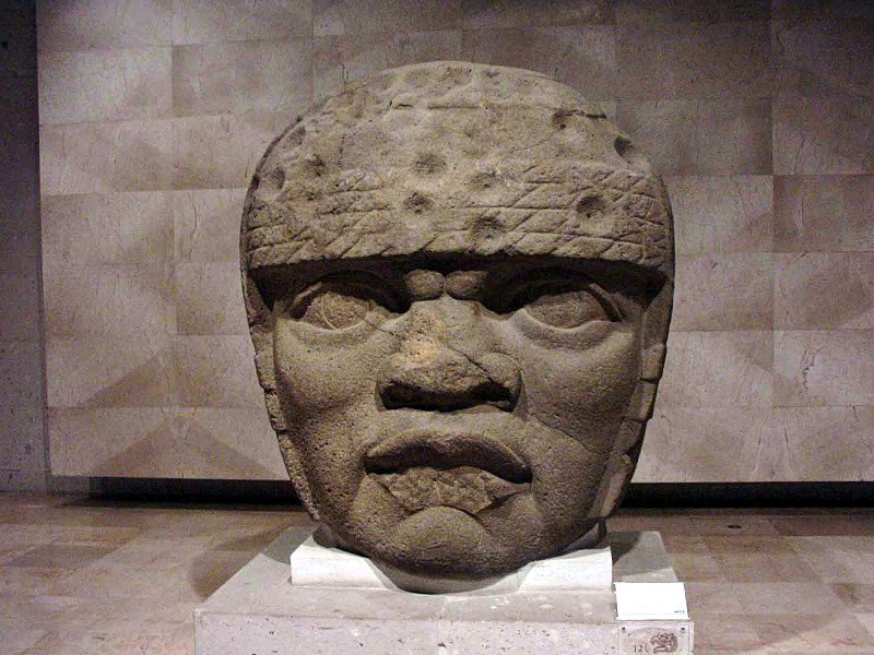 Olmec Head No. 3 from San Lorenzo Tenochtitlan 1200–900 BCE – Author: Maribel Ponce Ixba – CC BY 2.0