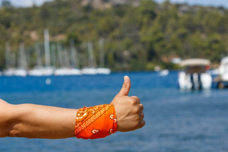 A bandana can be wrapped around an arm or a leg to help cover a wound