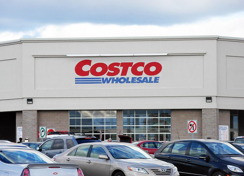 Costco was offering a one-year food survival kit for you and your family of four for a mere $6000. – Author: Stu pendousmat – CC BY-SA 3.0