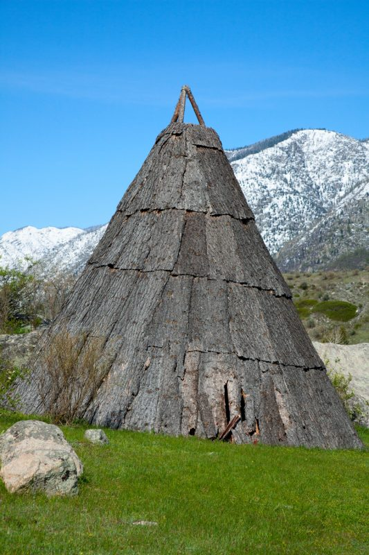 Traditional bark housing