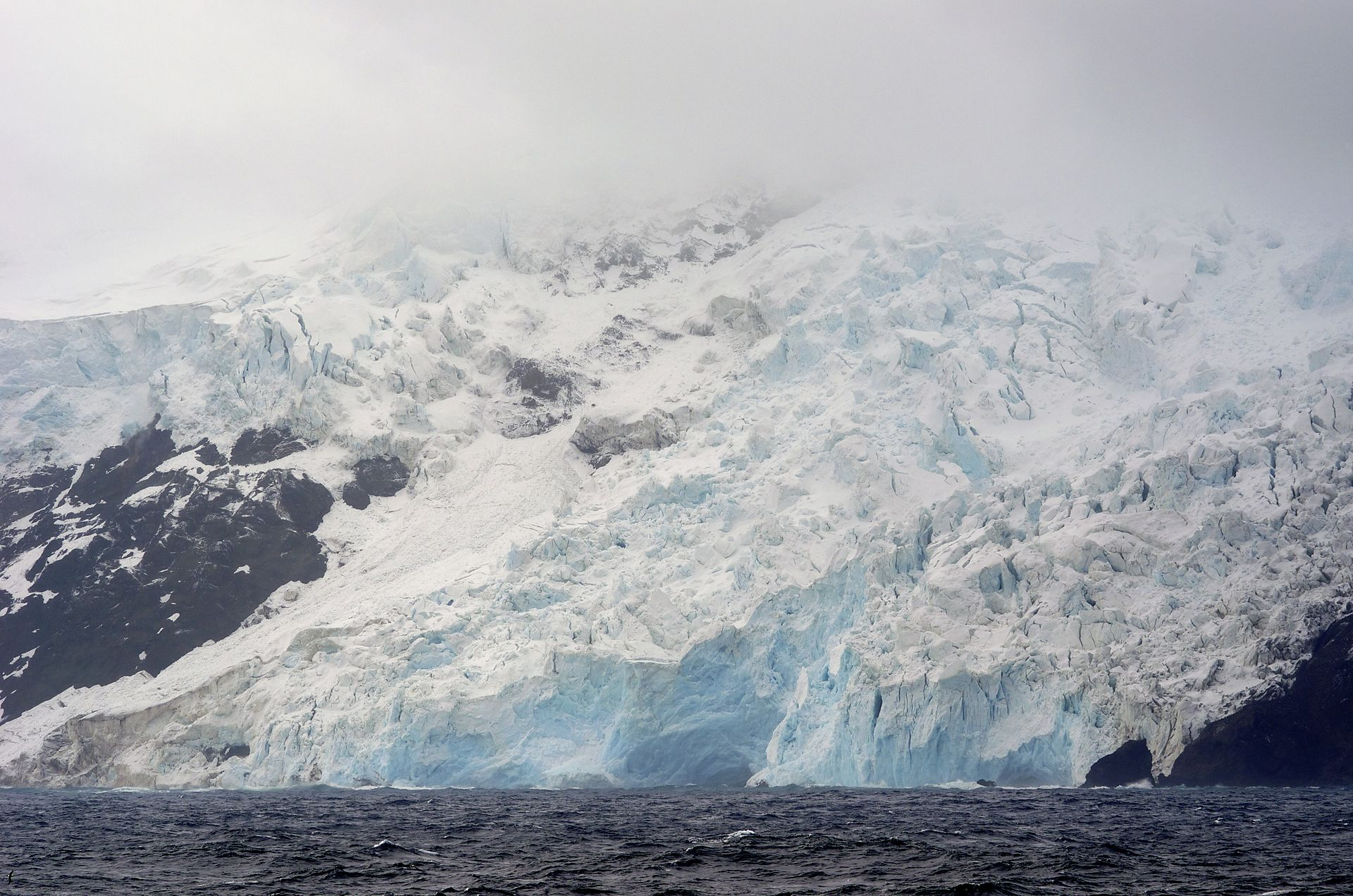 Glacier on Bouvet Island's west coast. François Guerraz CC BY-SA 3.0